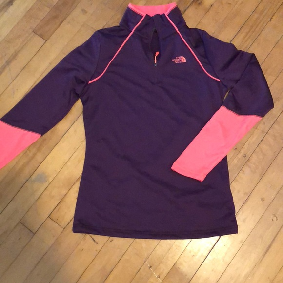 7530f5644 NWOT north face base layer